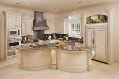 Neutral with a Kick - traditional - kitchen - houston - by By Design Interiors Home Renovation, Home Remodeling, Kitchen Dining, Kitchen Decor, Kitchen Ideas, Free Kitchen Design, Kitchen Floor Plans, Traditional Kitchen, Kitchen Countertops