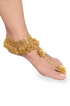 Silver Gold Plated Flower Raws a Charm Jhumki Anklet Toe Ring Indian Wedding Jewelry, Indian Jewelry, Bridal Jewelry, Gold Jewellery, Silver Jewelry, Ankle Jewelry, Ankle Bracelets, Feet Jewelry, Jewelry Accessories