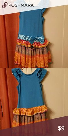 4t Cutest dress Used but good condition no stains squeeze  Dresses