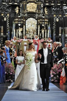 Sweden's Crown Princess Victoria and Prince Daniel are celebrating their wedding anniversary. In honor of the occasion, we're taking a look back at Swedish royal weddings throughout the years. Victoria Prince, Princess Victoria Of Sweden, Princess Estelle, Crown Princess Victoria, Royal Wedding Gowns, Royal Weddings, Princess Wedding, Wedding Bride, Wedding Dresses