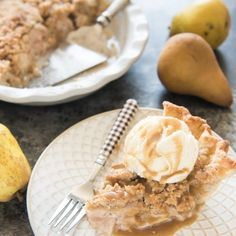 Dutch Pear & Nutmeg Pie is a warm & wonderful filled with Fall's other sweet, juicy and often overlooked fruit. Watch out, apple pie! Best Easy Dessert Recipes, Easy Desserts, Pie Game, Homemade Aioli, Oven Roasted Asparagus, Pear Pie, Thanksgiving Pies, Grilled Beef, Pork Sandwich