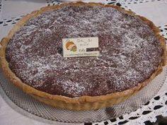 Mais uma receita da Jornalista Clara de sousa . Esta tarte revelou-se uma tentação e um verdadeiro pecado , aliás como todas as suas re... My Recipes, Sweet Recipes, Cake Recipes, Recipies, Chocolate Claro, Quiche, Chocolate Deserts, Gourmet Desserts, Sweet Pie