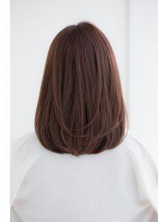 New hair cuts medium short straight Ideas Medium Hair Cuts, Short Hair Cuts, Medium Hair Styles, Curly Hair Styles, Short Styles, Pixie Cuts, Short Haircuts Shoulder Length, Pretty Hairstyles, Bob Hairstyles