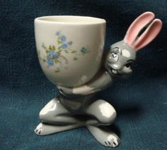 Rabbit Egg Cup tumblr_nbwg5iOkrw1tb3zauo1_500.jpg (470×425)