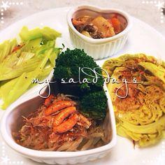 昨日の鍋の残りがトロトロでうまかった - 15件のもぐもぐ - 温野菜サラダと鍋 by chiko593