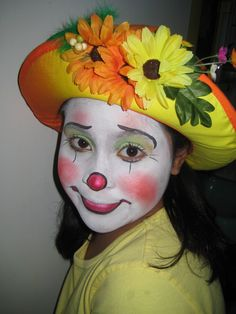 Whiteface lady clown
