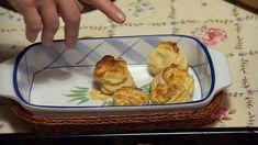 Hajtogatott pogácsa Hungarian Recipes, Bread Rolls, Bread Recipes, Dairy, Cheese, Food, Rolls, Eten
