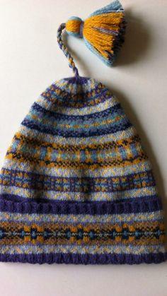 Fair Isle Knitting, Loom Knitting, Knitting Needles, Knitting Patterns, Beanies, Beanie Hats, Fire Island, Fair Isle Pattern, Bandeau