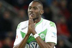 Josuha Guilavogui, jugador que en su momento sonó como posible refuerzo para Tigres, se mantendrá jugando en Europa con el Wolfsburgo de Alemania. | www.soytigre.mx