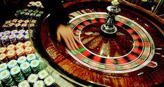 Europees roulette kwam uit de Europese casinos naar de beste casino's in Vegas en werd populair in de wereld van online casino's.  Nu hebben de Nederlandse spelers ook een kans om dit soort roulette online te spelen. We bieden Europees roulette spellen van de beste ontwikkelaars zoals NetEnt en Playtech. Welk roulette spel is je favoriet?