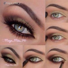Beautiful green eyes!!