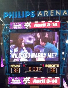 Check out that Kiss Cam!