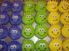 club penguin birthday party | fun little cupcakes were for a Club Penguin themed birthday party ...
