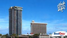 El Cid El Moro Beach Hotel es el hotel más alto de la Zona Dorada de Mazatlán y consta de 25 pisos que alojan 390 suites. Se encuentra ubicado en la Zona Dorada, este hotel familiar cuenta con dos grandes piscinas con cascadas, formaciones rocosas y cuevas, además de que ofrece actividades acuáticas, campo de golf, áreas para la diversión de los niños y para los adultos un spa con amplia gama de tratamientos. #OjalaEstuvierasAqui