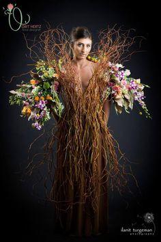 expressive flora couture of Israeli floral artist Orit Hertz