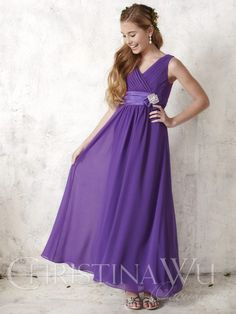 Long chiffon gown with pleated tank-style bodice b81afe1a586b