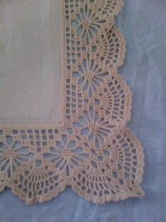 How to Crochet Wave Fan Edging Border Stitch Free Crochet Doily Patterns, Crochet Lace Edging, Crochet Borders, Filet Crochet, Crochet Designs, Crochet Doilies, Easy Crochet, Crochet Stitches, Crochet Baby