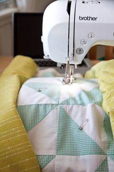 quilting the HST Quilt (lovelyandenough)