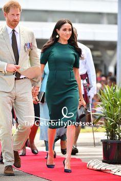 Meghan Markle Green Midi Dress With Short Sleeves In Fiji Casual Dresses, Short Dresses, Fashion Dresses, Dresses For Work, Dresses With Sleeves, Short Sleeves, Meghan Markle Stil, Meghan Markle Dress, Pretty Dresses