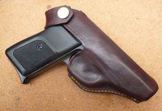 Custom made holster for SIG Sauer P230 Pistol from makeitjones.co.uk