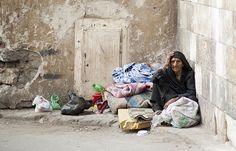 #RodAkelPhoto 15. #homeless woman, #Cairo 2011 القاهرة Canon 1Ds Mark II Canon 85mm f/1.2 1/250 #FacesBeyondLife
