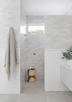 Home Decor Ideas Bathroom Renos, Laundry In Bathroom, Bathroom Renovations, Small Bathroom, Home Remodeling, Hampton Style Bathrooms, Dream Bathrooms, Beautiful Bathrooms, Bathroom Styling