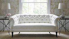 canapé moderne de design classique en blanc