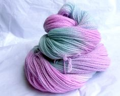Hand Dyed Sock Yarn - Merino 2ply sock or fingering weight, 100g, merino wool, pink, blue op Etsy, 13,28€