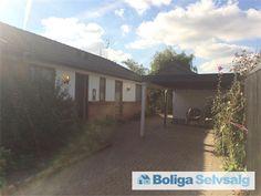 Piasminde 9, 8960 Randers SØ - I en skøn frugt/blomsterhave ligger der et hus og venter på dig #villa #randers #selvsalg #boligsalg #boligdk