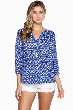 Taryn Blouse  / Shop Sosie #blouse #mandarin #collar #button #front #stylish #print