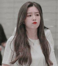 Red Aesthetic, Kpop Aesthetic, Peek A Boo, Red Velvet Irene, Ulzzang Girl, Face Shapes, Korean Girl Groups, Kpop Girls, Role Models