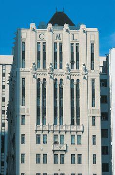 ideas modern art deco architecture facades for 2019 Art Nouveau Architecture, Facade Architecture, Bauhaus, Art Deco Wedding Dress, Art Quotes Artists, Street Art News, Fantasy Art Men, Art Deco Buildings, Modern Art Deco