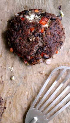 Jalapeno Popper Black Bean Burgers | Joanne Eats Well With Others
