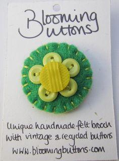 Vintage Felt & Button Brooch. £6.50