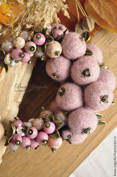 """Колье, бусы ручной работы. Ярмарка Мастеров - ручная работа. Купить Колье """"Яблонька"""". Handmade. Бледно-розовый, гроздья, родонит"""