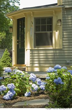 New England Cottage Revival