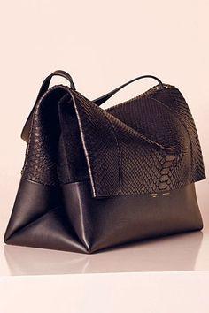 a3943e6c8e E L L E S A P P E L L E Celine Handbags