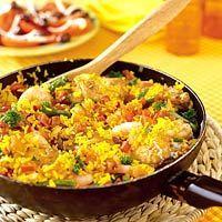 Afvallers gaan smullen met dit heerlijke paella recept! Kip en garnalen zijn namelijk hartstikke gezond en goed voor de afvaller...