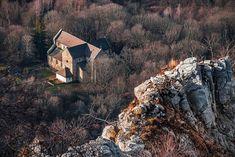 """National Geographic Hungary on Instagram: """"Bélapátfalvai Ciszterci Apátság és a Bélkő-hegy. Mocsári Balázs fotója."""""""