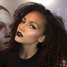 . Love Natural, Natural Hair Styles, Fall Lipstick, Making Faces, Brown Girl, Beauty Makeup, Beauty Skin, Beautiful People, Halloween Face Makeup