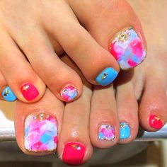 かわいいネイルを見つけたよ♪ #nailbook Pretty Toe Nails, Cute Toe Nails, Cute Toes, Pretty Toes, Toe Nail Art, Fun Nails, Colorful Nail Designs, Toe Nail Designs, Toe Polish