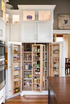 Clean Up Your Kitchen Visually with These 5 Life Hacks Kitchen Pantry Storage, Pantry Room, Kitchen Pantry Design, Pantry Shelving, Design Your Kitchen, Contemporary Kitchen Design, Pantry Organization, Kitchen Styling, Pantry Ideas
