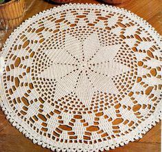 Free Patterns Archives - Page 7 of 614 - Beautiful Crochet Patterns and Knitting Patterns Crochet Doily Rug, Crochet Rug Patterns, Crochet Carpet, Crochet Pillow Pattern, Crochet Dollies, Doily Patterns, Crochet Home, Thread Crochet, Knitting Patterns