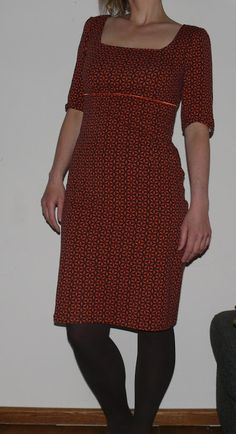 Love this Kingsday dress! The print and the neckline by moredresses4me.blogspot.nl
