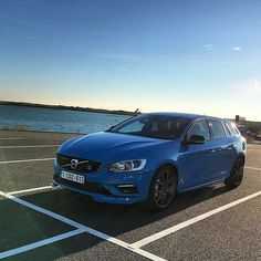 Beautiful scenery here! Roads are so nice and just beg for Volvo power #volvo #v60 #polestar #volvopolestar #volvomoment #volvopower #volvolove #volvospeed #swedespeed #zeeland