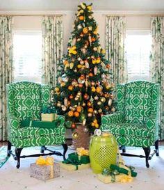 Decoración de salón navideña en color verde