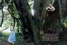 Alice In Wonderland by Annie Leibovitz