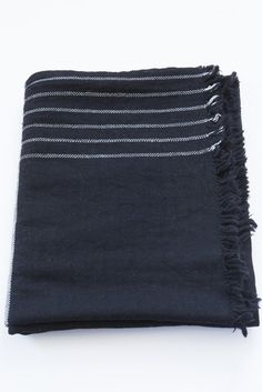 khadi black couverture
