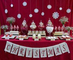 idée de déco de table de Noël et cocktail en blanc en rouge