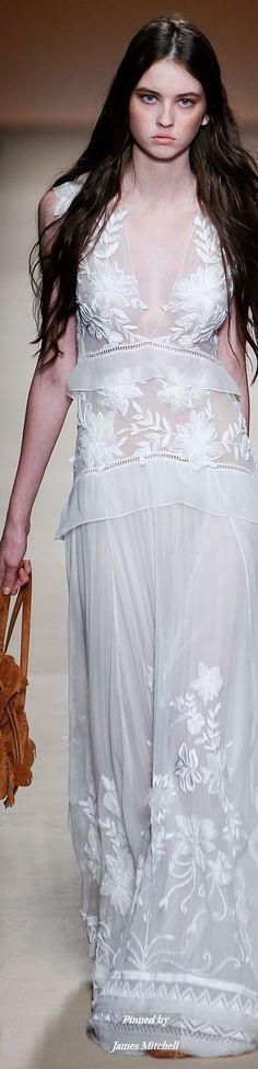 Alberta Ferretti Collection Spring 2015 Ready-to-Wear; Perfect!;